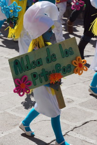 Smurf in Children's parade San Miguel de Allende