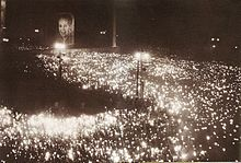 Millions of mourners in the streets of Buenos Aires after the death of Evita.